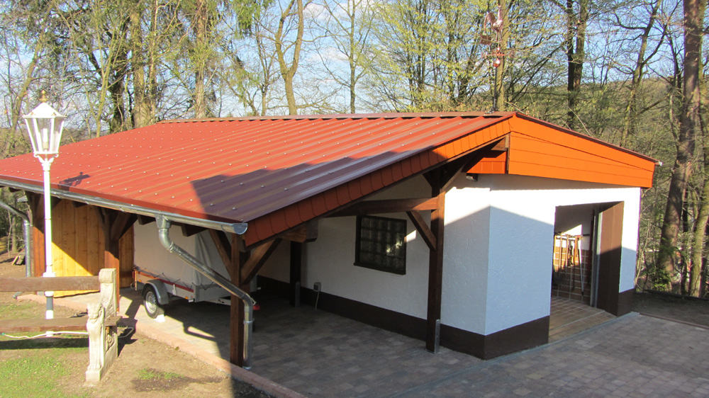 carport als anbau an garage karst holzhaus. Black Bedroom Furniture Sets. Home Design Ideas